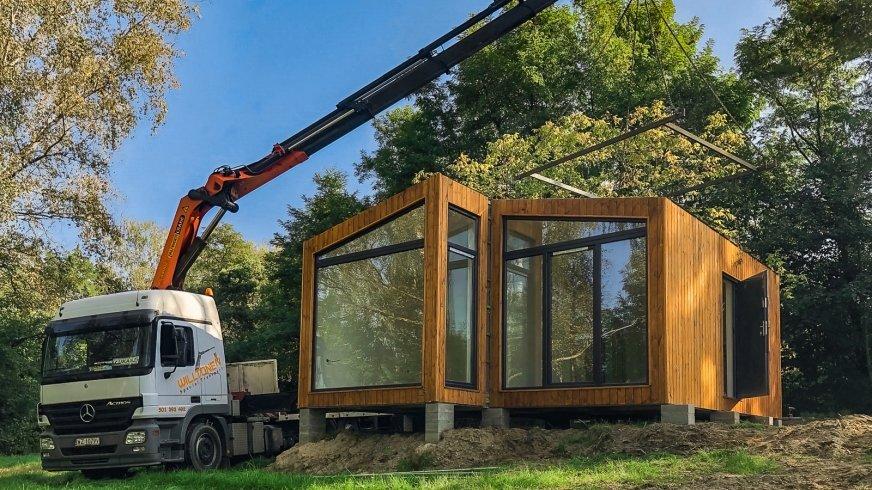 Instalacja domku modułowego